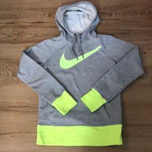 Nike pullover women's